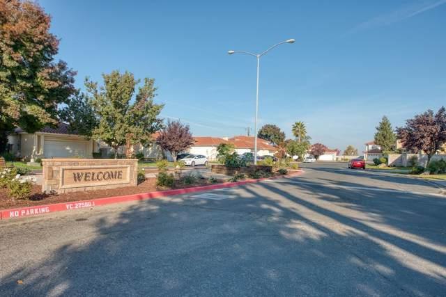 1701 Camino Lane, Madera, CA 93637 (#551070) :: Raymer Realty Group