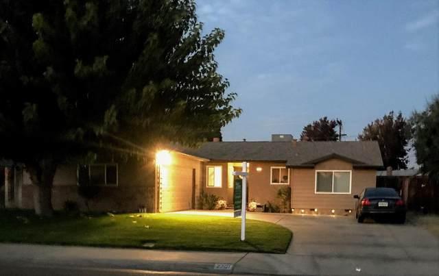 2701 N Harvard Avenue, Clovis, CA 93612 (#551311) :: FresYes Realty