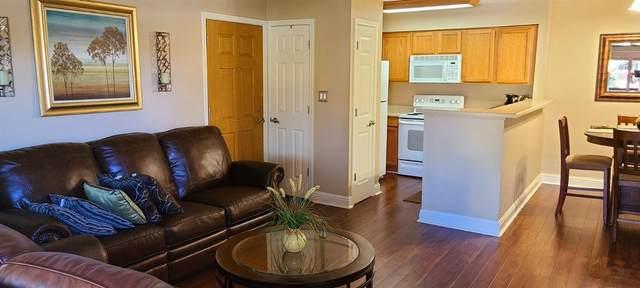 2881 E Huntington Boulevard #236, Fresno, CA 93721 (#555314) :: Raymer Realty Group