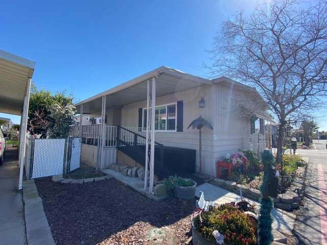 105 W Herndon Avenue #96, Pinedale, CA 93650 (#555318) :: Raymer Realty Group