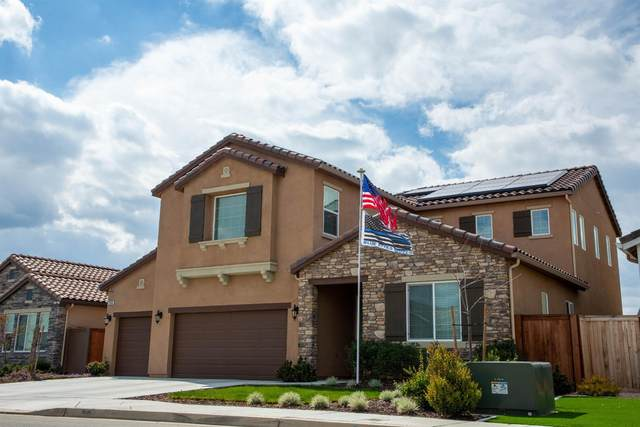 2086 Highland Avenue, Clovis, CA 93619 (#555741) :: Your Fresno Realty | RE/MAX Gold