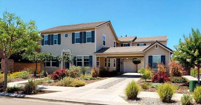 1912 N Nadine Avenue, Clovis, CA 93619 (#560838) :: Raymer Realty Group