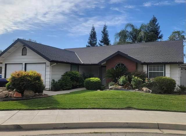 1033 E Everett Avenue, Fresno, CA 93720 (#561463) :: Raymer Realty Group