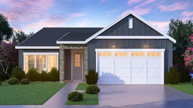 2014 N Osmun Avenue #33, Clovis, CA 93619 (#561620) :: Raymer Realty Group