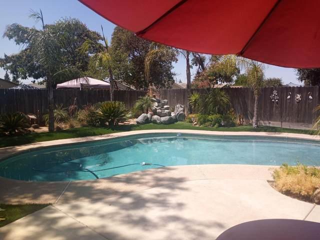 4345 W Avalon Avenue, Fresno, CA 93722 (#564114) :: Raymer Realty Group