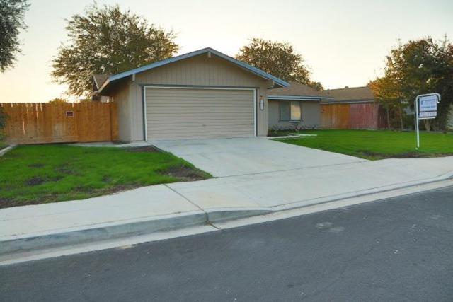 1518 Ashcroft Avenue, Clovis, CA 93611 (#513343) :: FresYes Realty