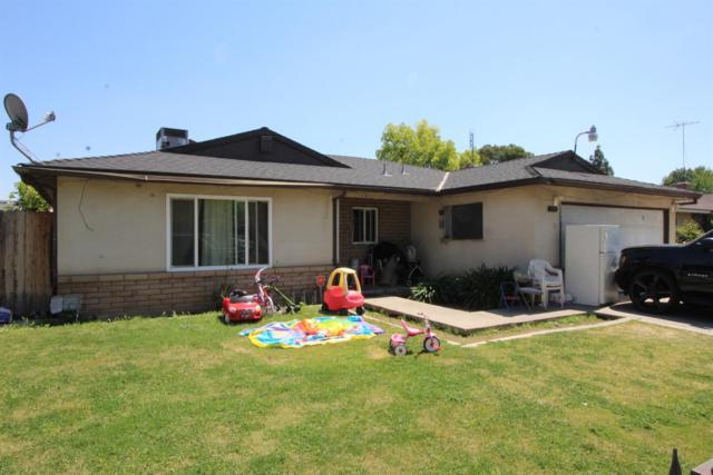 2309 S Jackson Avenue, Fresno, CA 93725 (#521709) :: FresYes Realty