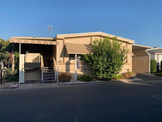 221 W Herndon Avenue #195, Pinedale, CA 93650 (#547263) :: Dehlan Group