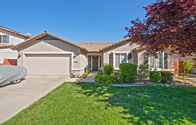2112 W Picadilly Lane, Hanford, CA 93230 (#539811) :: FresYes Realty