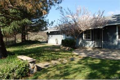 45523 Lauri Ln Lane, Oakhurst, CA 93644 (#488972) :: Raymer Team Real Estate