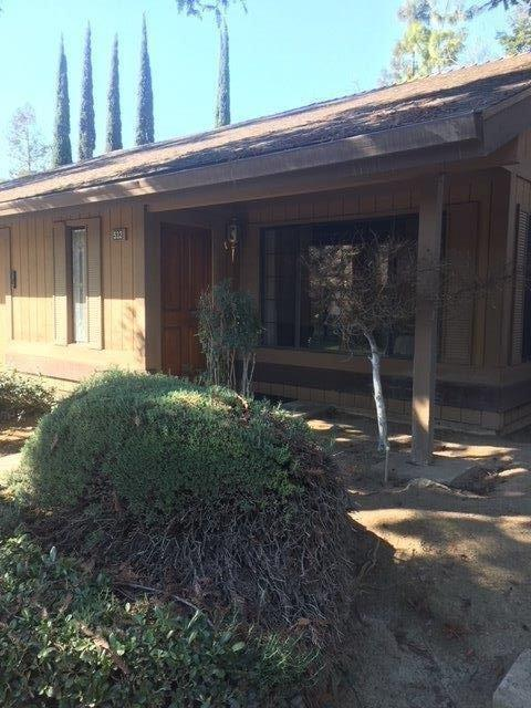 532 W Barstow Avenue, Fresno, CA 93704 (#497711) :: Raymer Realty Group