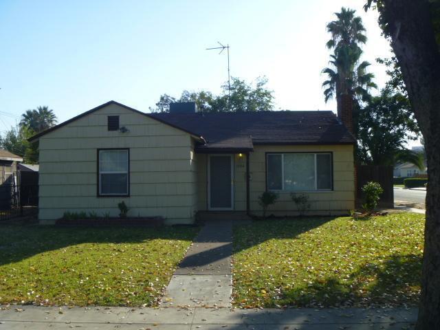 1506 N Teilman Avenue, Fresno, CA 93728 (#499920) :: FresYes Realty