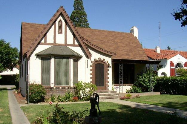 581 N Yosemite Avenue, Fresno, CA 93728 (#504713) :: Raymer Realty Group