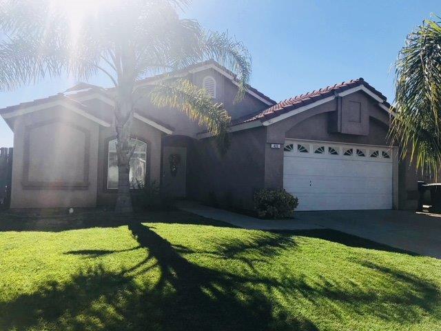 423 N Morningside Drive, Dinuba, CA 93618 (#504981) :: FresYes Realty