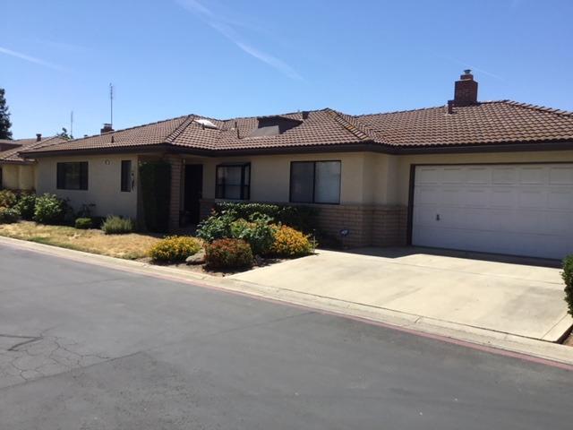 885 E Frederick Avenue, Fresno, CA 93720 (#505183) :: Raymer Realty Group