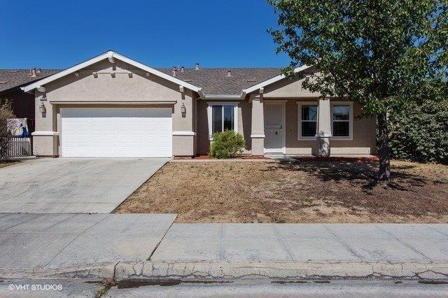 2374 S Waldby Avenue, Fresno, CA 93725 (#505304) :: FresYes Realty