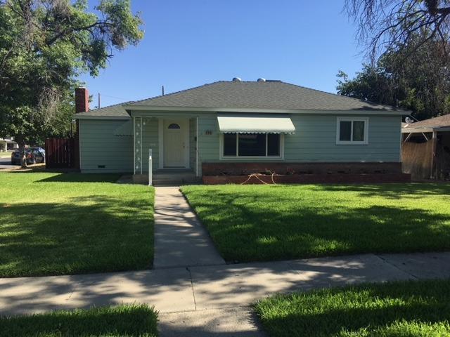 454 Adams Street, Coalinga, CA 93210 (#505900) :: FresYes Realty