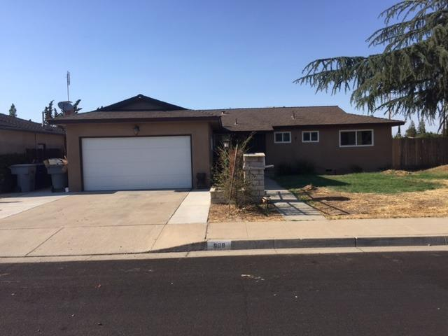 609 W Donner Avenue, Clovis, CA 93612 (#506459) :: FresYes Realty