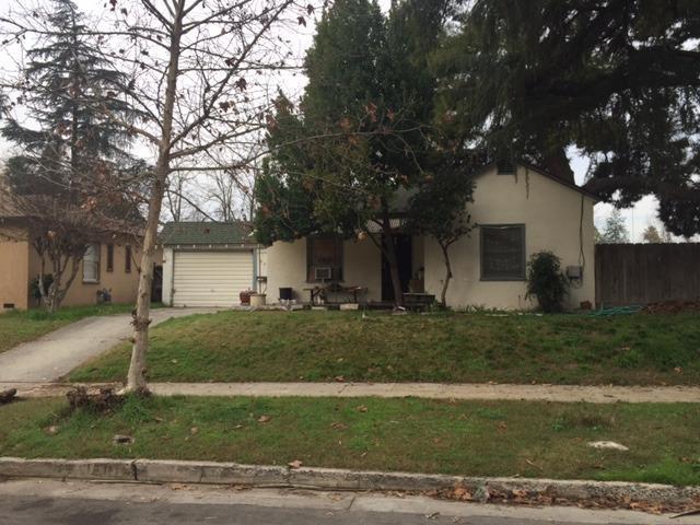 3537 N Del Mar Avenue, Fresno, CA 93704 (#506479) :: FresYes Realty