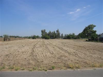 0 2.4 Acres Lot, Fresno, CA 93722 (#506564) :: FresYes Realty