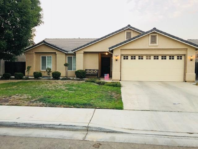 1862 Catherine Avenue, Sanger, CA 93657 (#508458) :: FresYes Realty
