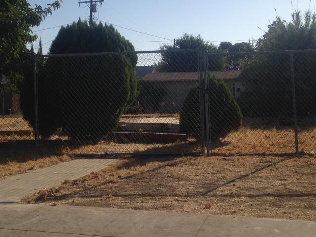 217 N Orange Avenue, Exeter, CA 93221 (#510014) :: Soledad Hernandez Group