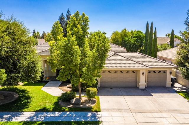 3604 Riverview Drive, Madera, CA 93637 (#510135) :: Soledad Hernandez Group