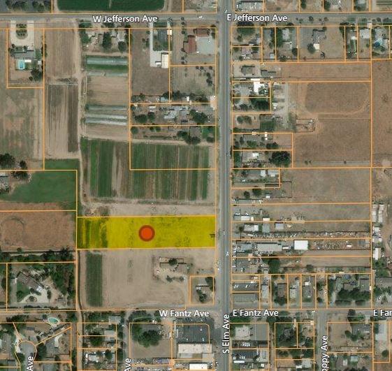 5643 S Elm Avenue, Fresno, CA 93706 (#510522) :: Soledad Hernandez Group