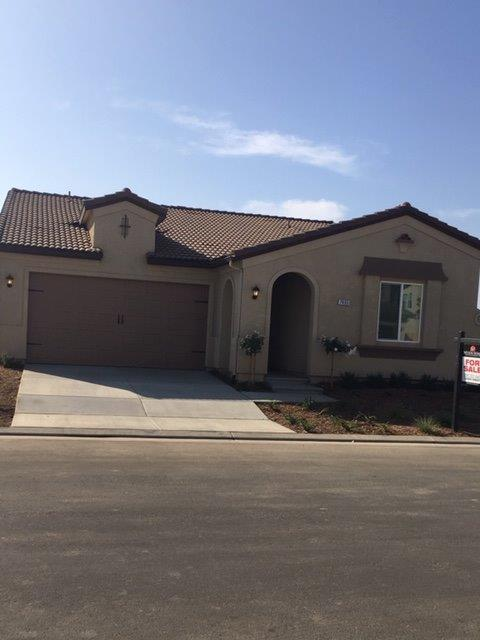 7465 E Flint Way, Fresno, CA 93737 (#512125) :: FresYes Realty