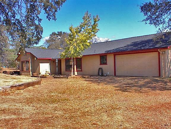 51822 Sesame Lane, Squaw Valley, CA 93675 (#512343) :: FresYes Realty