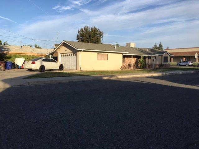 355 S 9Th Street, Chowchilla, CA 93610 (#512912) :: FresYes Realty