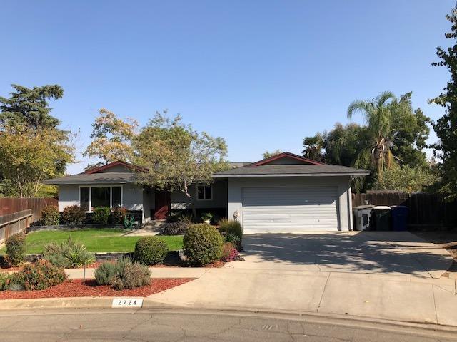 2724 E Millbrae Avenue, Fresno, CA 93710 (#513291) :: FresYes Realty