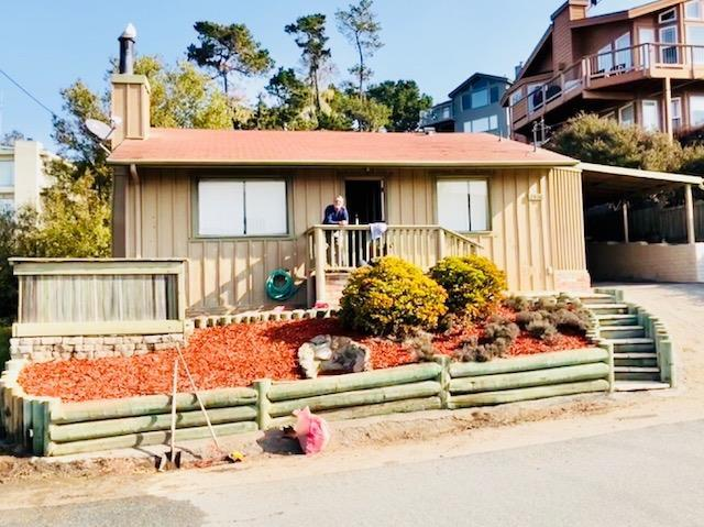 2406 Madison St, Cambria, CA 93428 (#513549) :: FresYes Realty