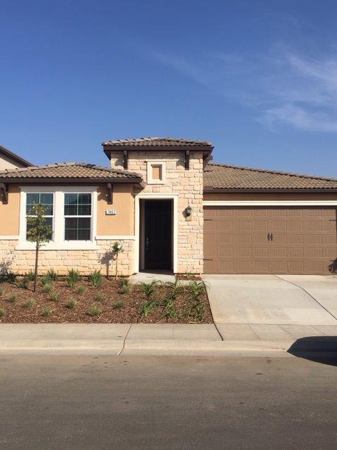 7462 E Flint Way, Fresno, CA 93737 (#514345) :: Soledad Hernandez Group