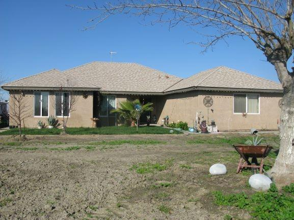 2650 Patterson Avenue, Corcoran, CA 93212 (#517591) :: Soledad Hernandez Group