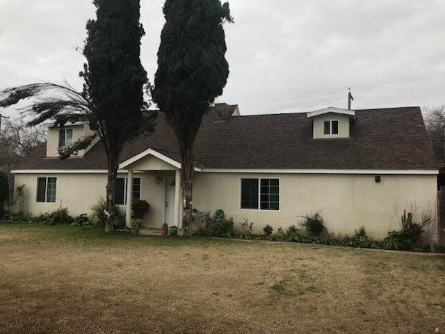 5025 E Kings Canyon Road, Fresno, CA 93727 (#517624) :: Soledad Hernandez Group
