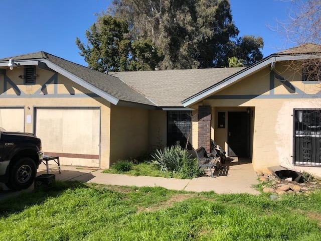 6455 E Manning Avenue, Fowler, CA 93625 (#520441) :: FresYes Realty