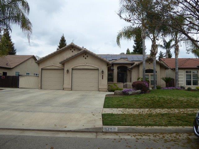 3450 E Feemster Avenue, Visalia, CA 93292 (#521331) :: FresYes Realty