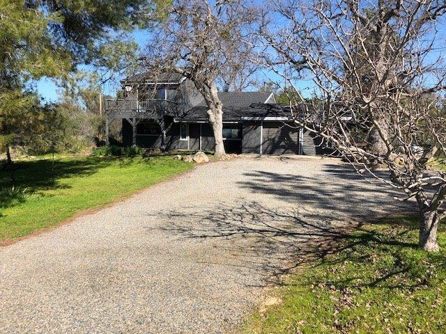 42899 Yosemite Springs Way, Coarsegold, CA 93614 (#521801) :: FresYes Realty