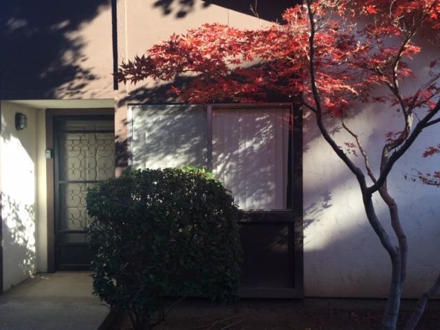 4721 N Cedar Avenue #101, Fresno, CA 93726 (#522873) :: FresYes Realty