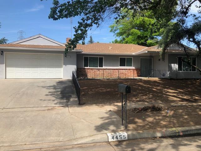 4455 N Sequoia Avenue, Fresno, CA 93705 (#523400) :: FresYes Realty