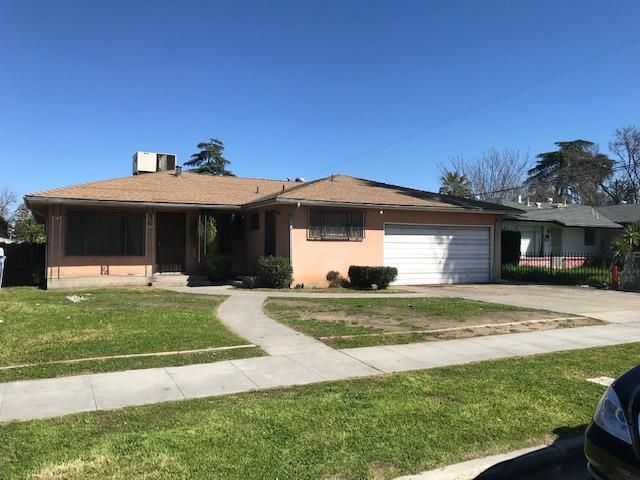 4773 E White Avenue, Fresno, CA 93702 (#523448) :: FresYes Realty