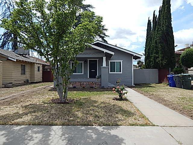 715 N Farris Avenue, Fresno, CA 93728 (#523669) :: Raymer Realty Group