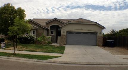 2209 Whiteash Avenue, Clovis, CA 93619 (#523760) :: Realty Concepts