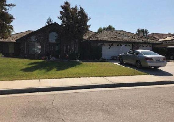 1213 Stub Oak Avenue, Bakersfield, CA 93307 (#525638) :: Raymer Realty Group