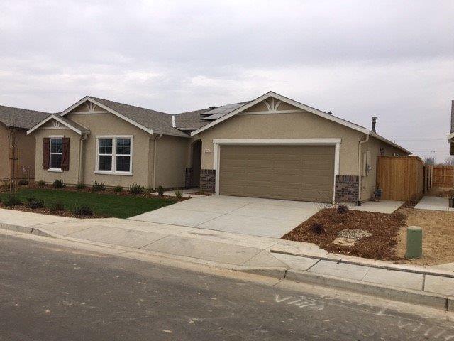 2383 S Minnewawa Avenue, Fresno, CA 93727 (#526664) :: Realty Concepts