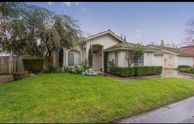 10610 N Seacrest Drive, Fresno, CA 93730 (#527181) :: Raymer Realty Group