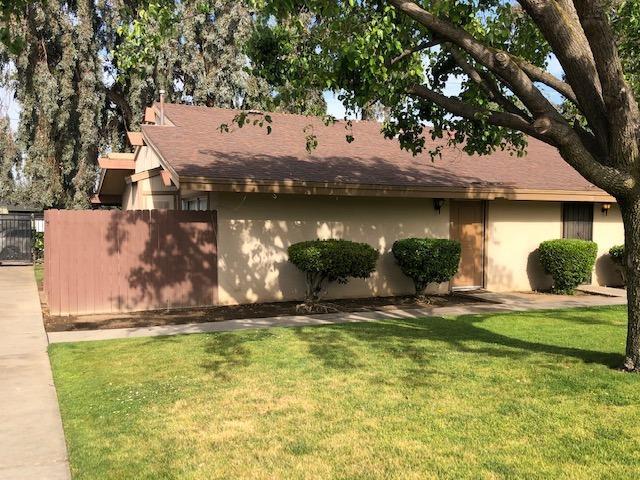 4654 N Chestnut Avenue #152, Fresno, CA 93726 (#527274) :: FresYes Realty