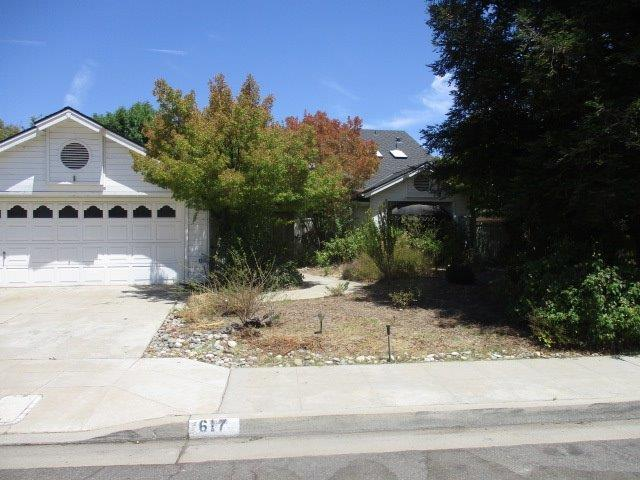 617 E Teal Circle, Fresno, CA 93730 (#528096) :: Raymer Realty Group