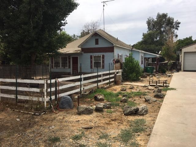 26205 Road 100, Tulare, CA 93274 (#528158) :: Raymer Realty Group